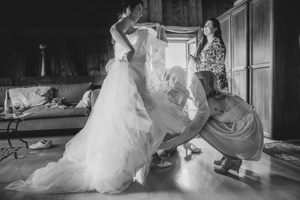 Getting Ready - Hochzeit im Schwarzwald im Waldknechtshof in Baiersbronn- Kai Schwab Hochzeitsfotograf in Baiersbronn